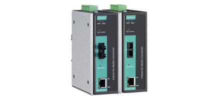 2 Moxa PoE konverterare från koppar tilll optisk fiber